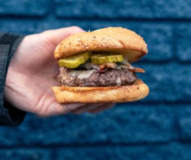Kozys-Lounge-Burger-284x300-1
